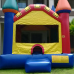 Castle shaped bouncer inflatable
